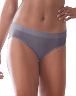 Bali Comfort Revolution Microfiber Hipster Panty, 3-Pack